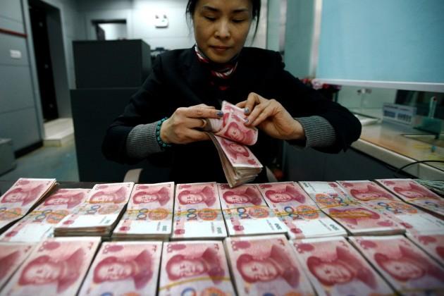 Джейкоб Лью призвал Китай не ослаблять юань