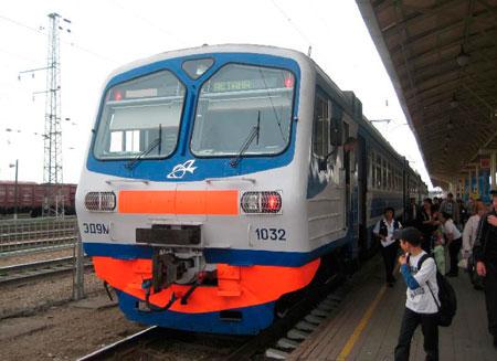 Новый электропоезд запущен между Астаной и Павлодаром