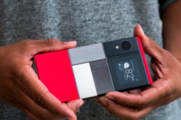 Facebook разрабатывает модульный смартфон