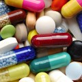 Президент подписал закон о регулировании цен на лекарства