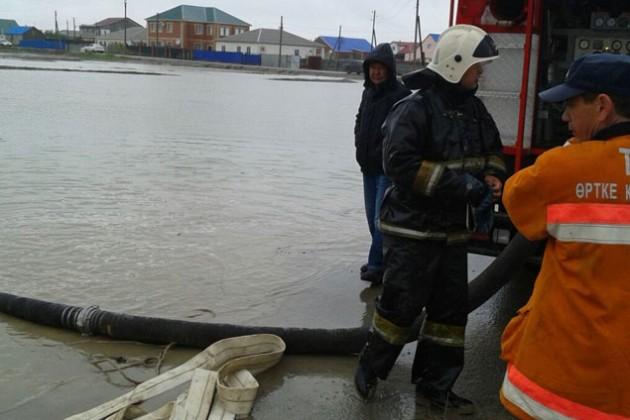 Более 500 человек эвакуировано в Атырау