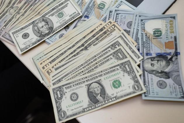 Доллар дорожает перед заседанием Федрезерва США?