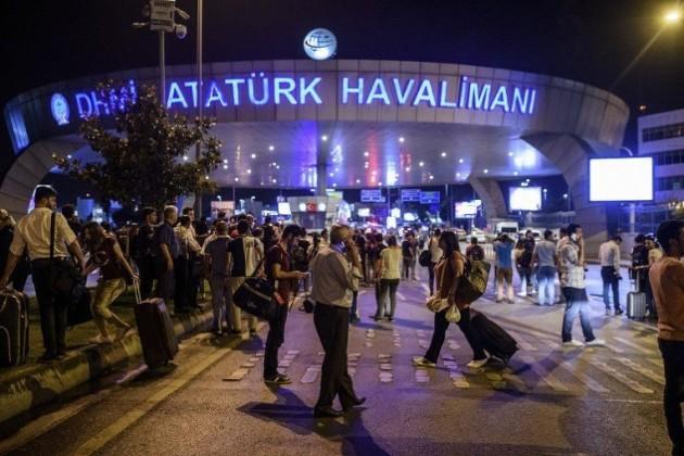 Полиция задержала 13 подозреваемых в причастности к теракту в Стамбуле