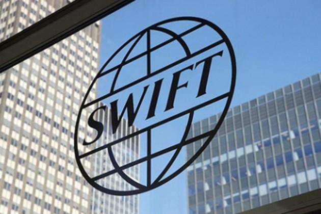 SWIFT не собирается отключать Россию
