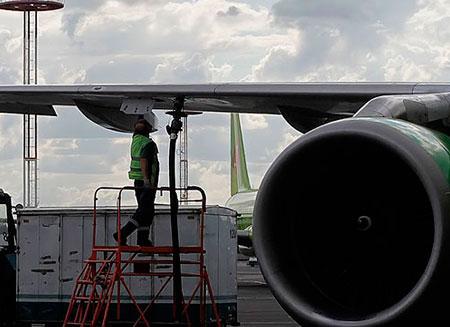 Китай разработал авиационное биотопливо