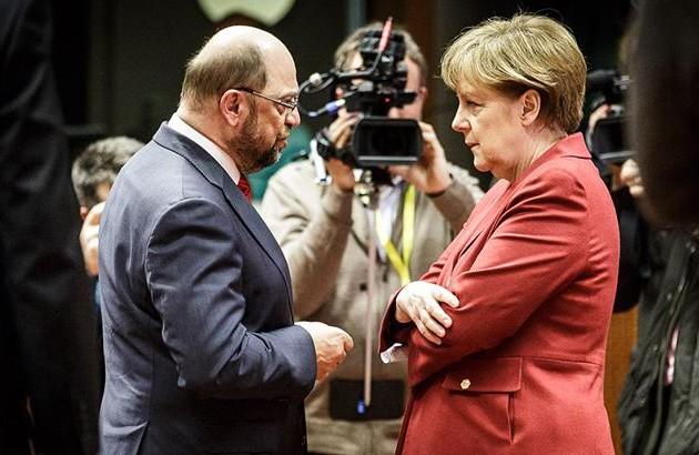 Блок Ангелы Меркель получил большинство мест вбундестаге