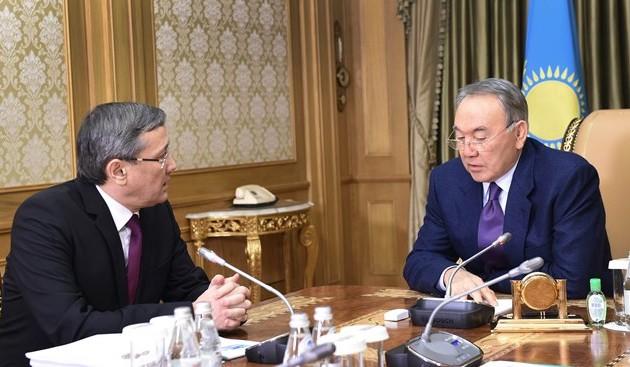 Нурсултан Назарбаев встретился с председателем КНБ