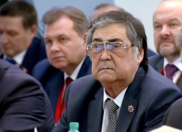 Губернатор Кемеровской области Аман Тулеев подал вотставку