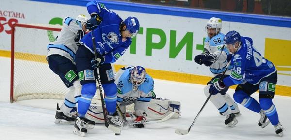 «Барыс» одержал волевую победу над «Сибирью»