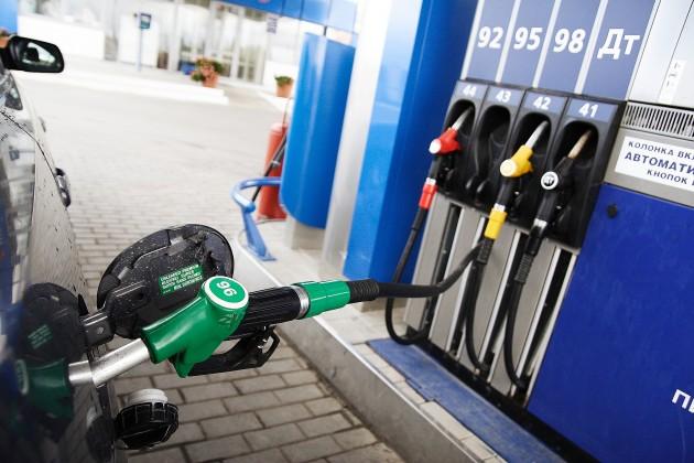 Ужесточается контроль над продавцами бензина и алкоголя