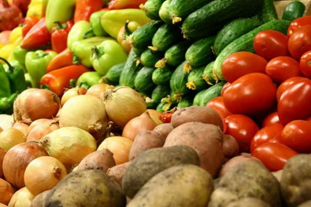 За месяц в Казахстане подорожали овощи, фрукты и чай