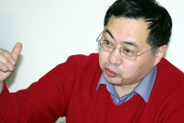 Контролировать банки предложил Нарымбаев