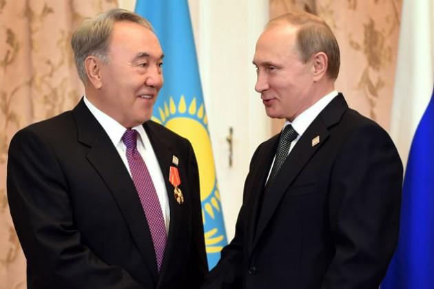 Владимир Путин вручил Нурсултану Назарбаеву орден