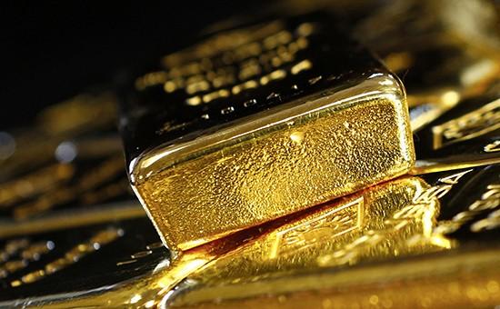 Золото дорожает нафоне удешевления доллара кмировым валютам