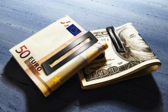 Нацбанк: Дефицита иностранной валюты нет
