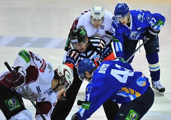 «Барыс» взял три очка в Латвии