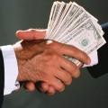 Эксперты: коррупционеры перестанут мелочиться