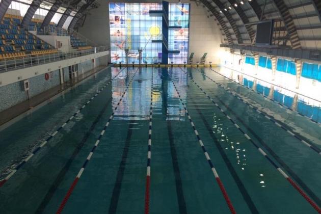 Центральный плавательный бассейн вАтырау снова выставлен наторги