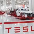 Tesla: выпуск Model 3вырастет до6тысяч внеделю