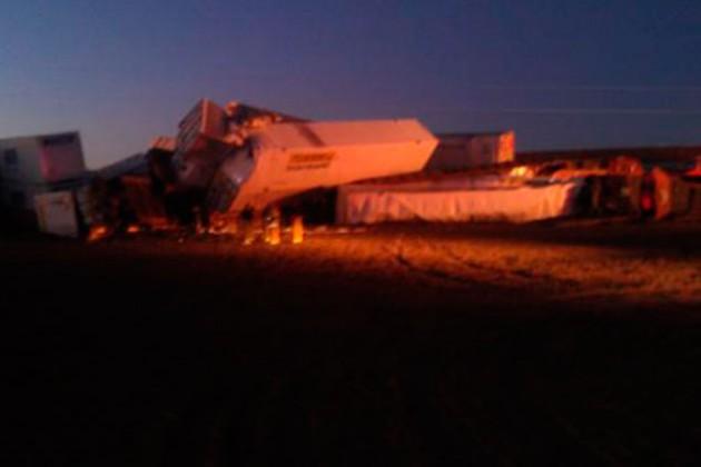 В Техасе столкнулись 3 грузовых поезда