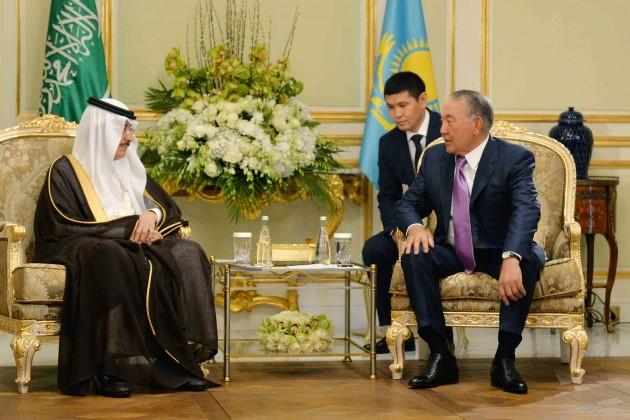 Президент пригласил ИБР к участию в деятельности финцентра Астана