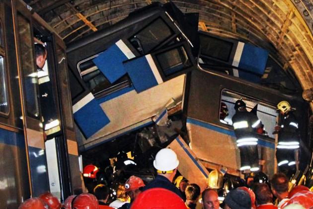 Эксперты выявили причину аварии в метро Москвы