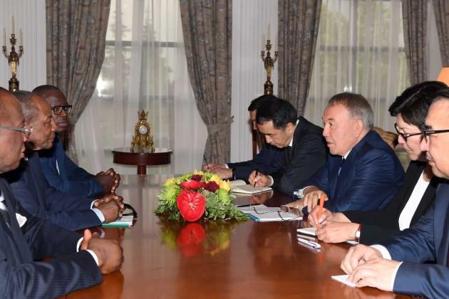 Нурсултан Назарбаев встретился с президентом Гвинеи