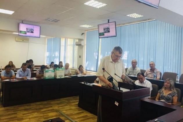 Экс-заместитель Храпунова: подписывал документы опродаже под давлением акима
