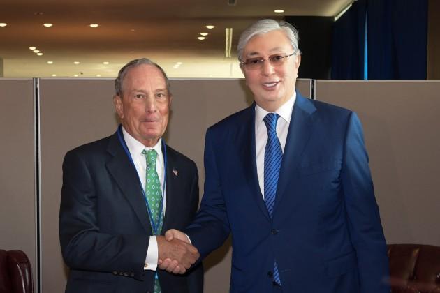 Президент пригласил Майкла Блумберга посетить Казахстан