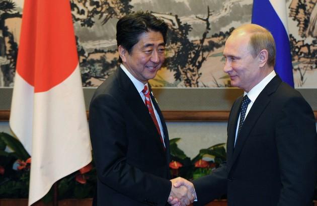 Очем договорились Владимир Путин иСиндзо Абэ?