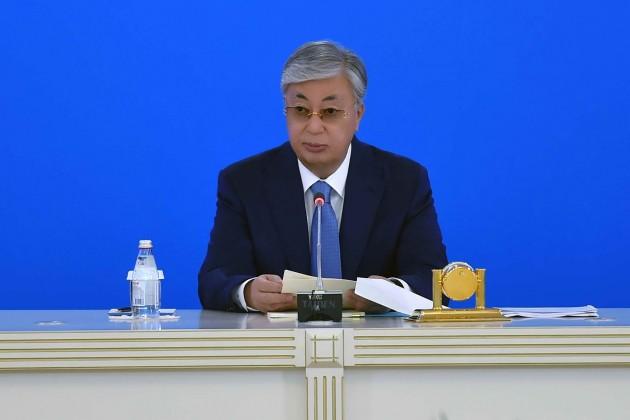 Президент поручил разобраться с задержанием врачей в Алматы