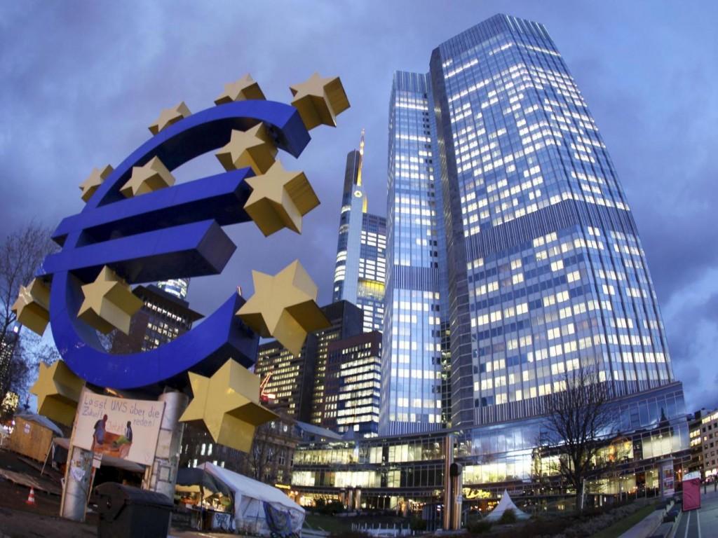 Европейская комиссия спрогнозировала последующий экономический рост стран еврозоны