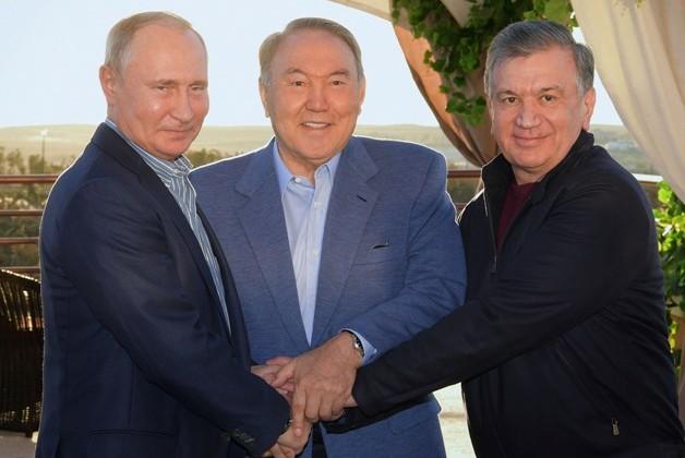ВСарыагаше встретились президенты трех стран
