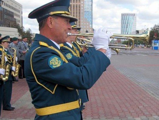 В Астане проходит смотр военных оркестров