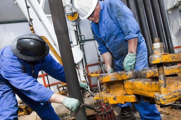 Нефть закрепилась выше $48 за баррель