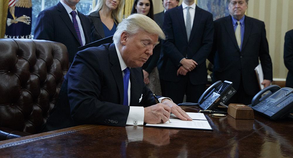 Нижняя палата Конгресса одобрила проект Трампа поналоговой реформе