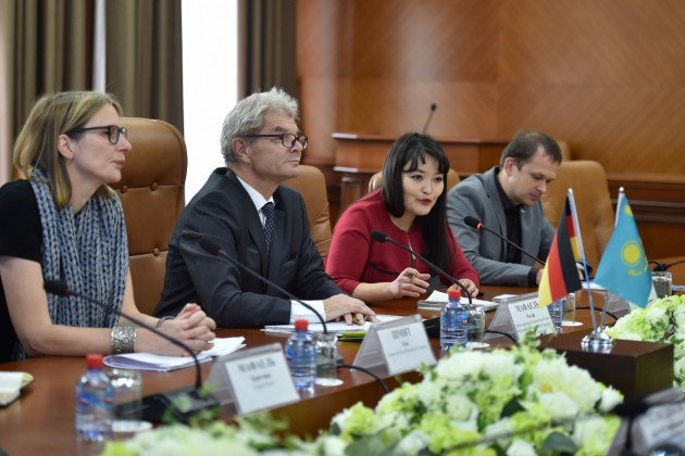 ЮКО посетил чрезвычайный посол Германии