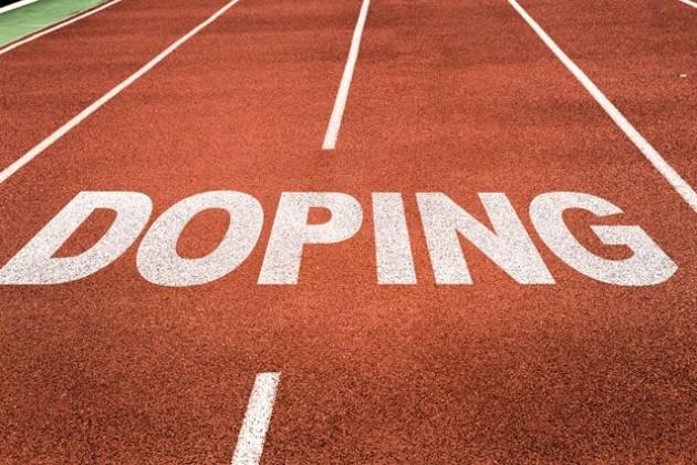 Пойманных надопинге спортсменов лишат квартир ипремий