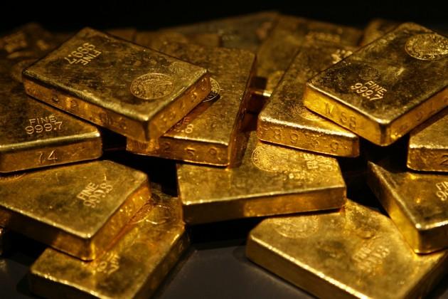 Международные банки снижают прогноз по золоту