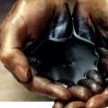 США пообещали применять санкции против импортирующих иранскую нефть