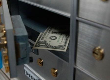 Офшоры Британии согласились раскрыть банковскую тайну