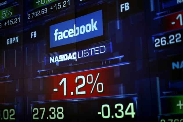 Казахстанцы покупают акции Apple и Facebook