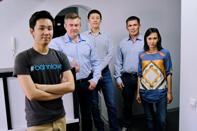 Команда, которая обучила искусственный интеллект казахскому языку