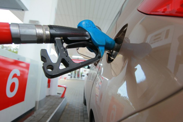 Казахстан планирует экспортировать бензин вКыргызстан