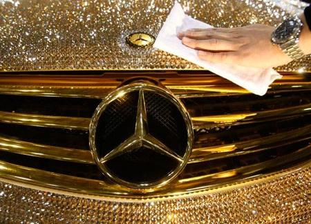 Назарбаев одобрил налог на роскошь