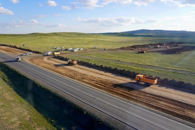 До конца года в Казахстане откроют движение на 641 км автодорог