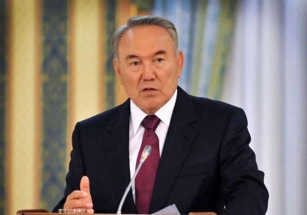 Глава РК поздравил казахстанцев с праздником Ораза айт