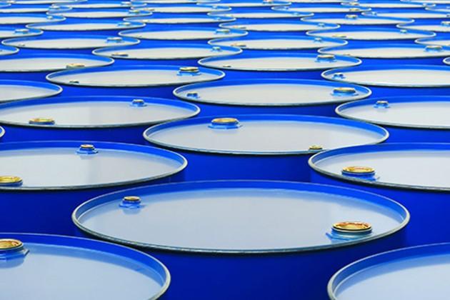 Нефть вновь упала ниже $32 за баррель