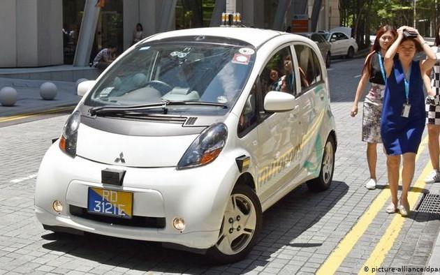 General Motors отложила запуск такси-роботов