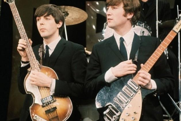 Гитару The Beatles продали за $408 тыс.